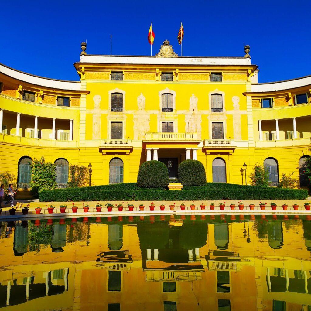 дворец Педральбес в Барселоне