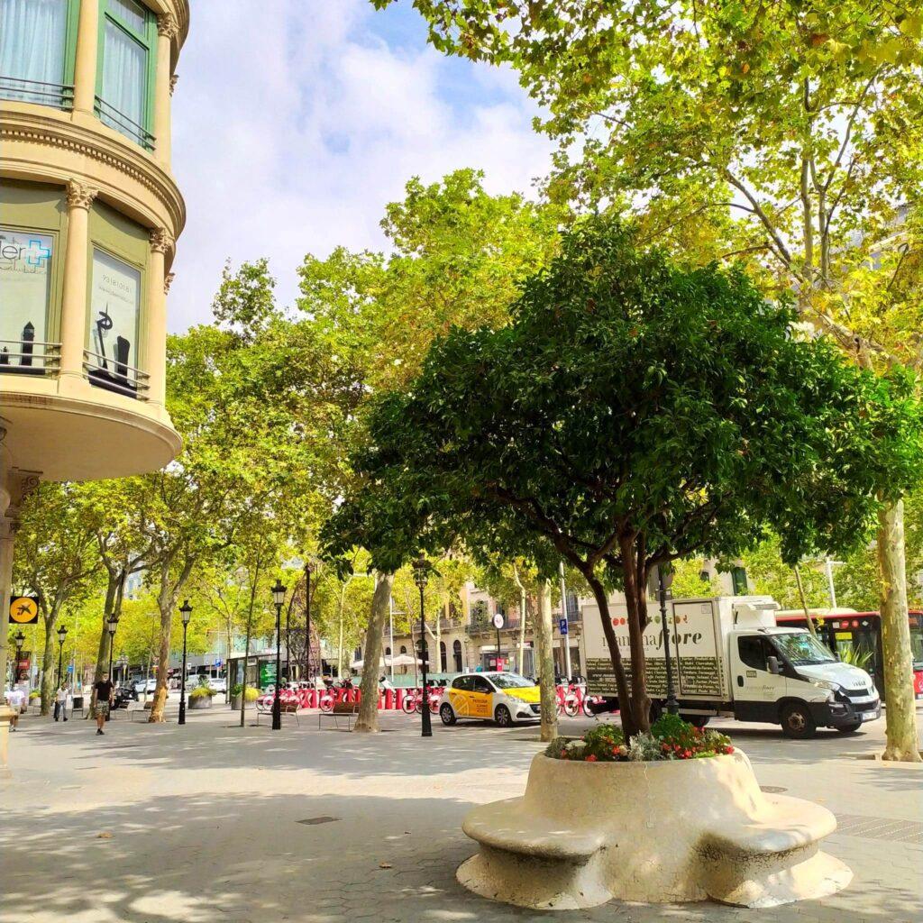 Барселона туристу