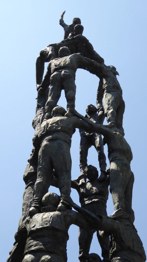Кастеллес,или пирамиды из людей