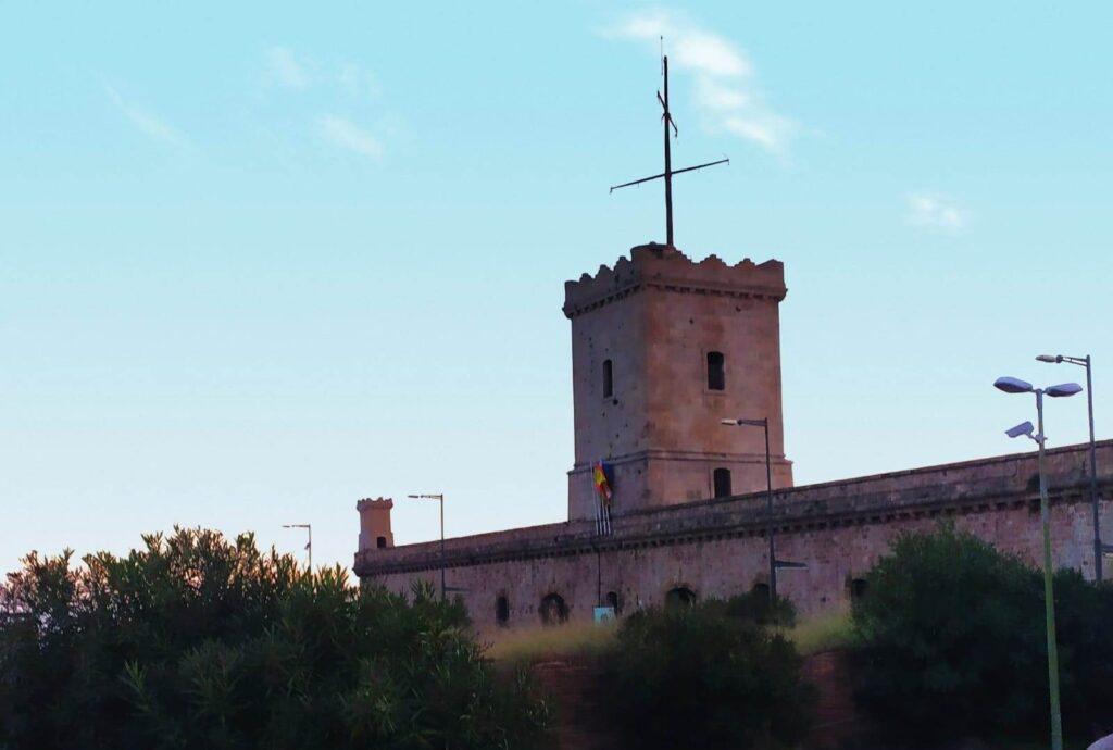 замок Монтжуик