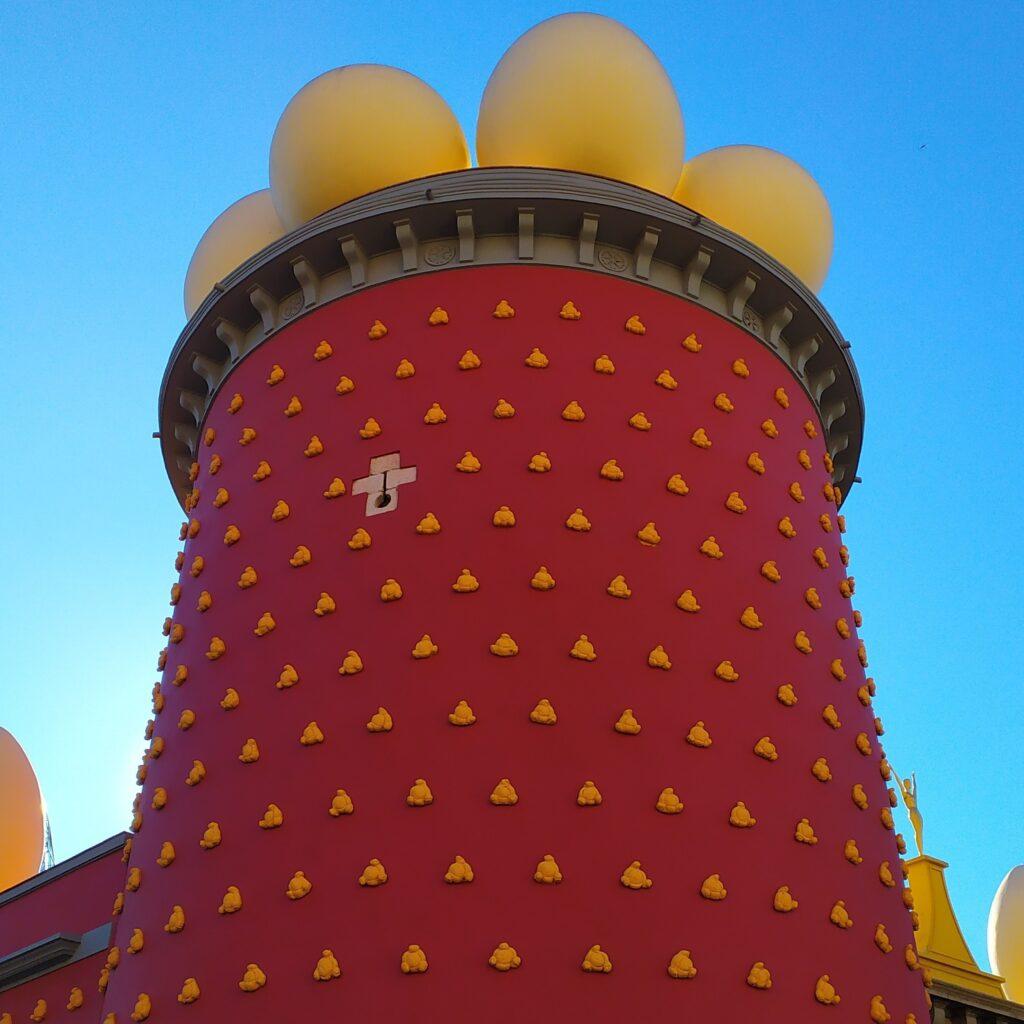 экскурсии в музей Дали из Барселоны