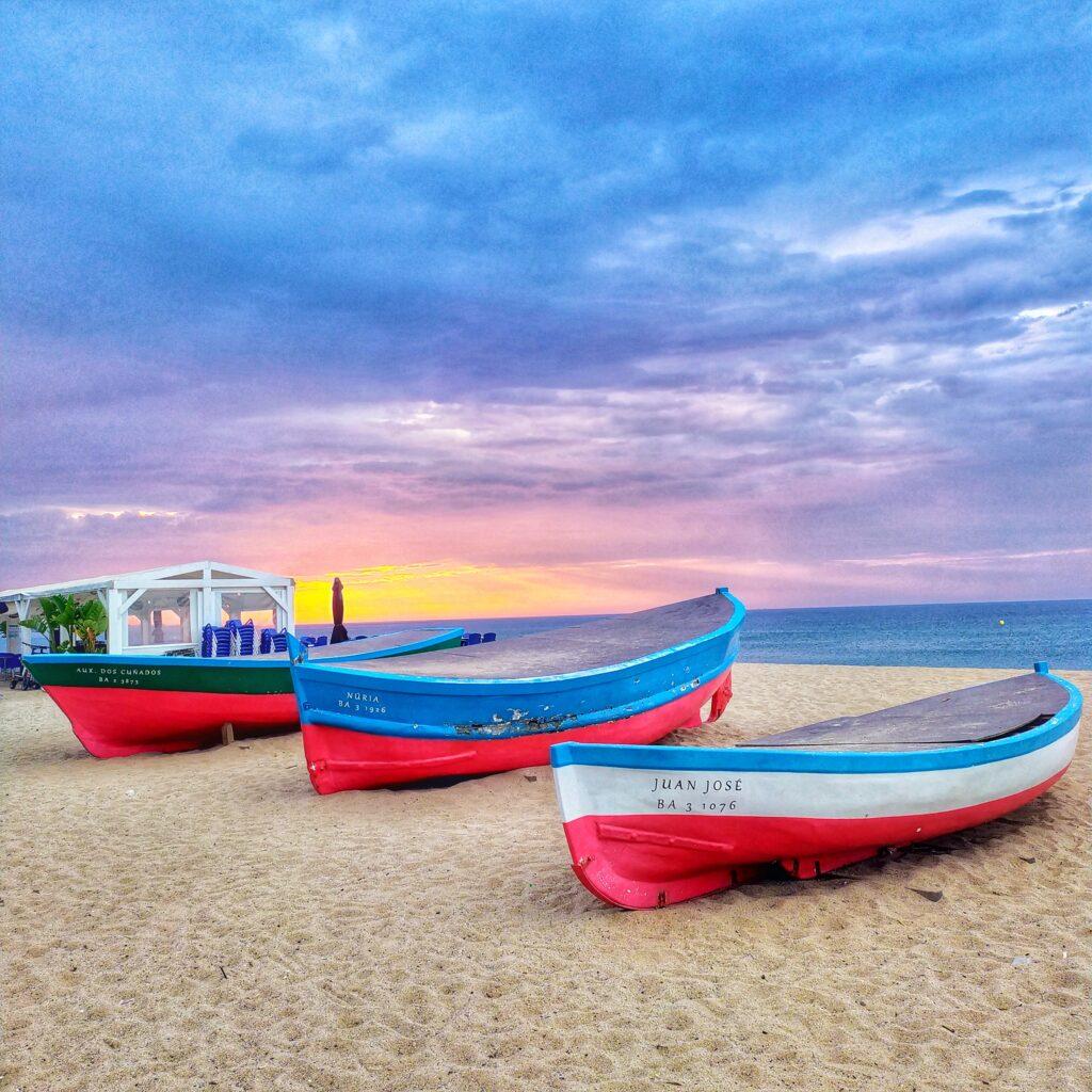 Пляжи рядом с Барселоной